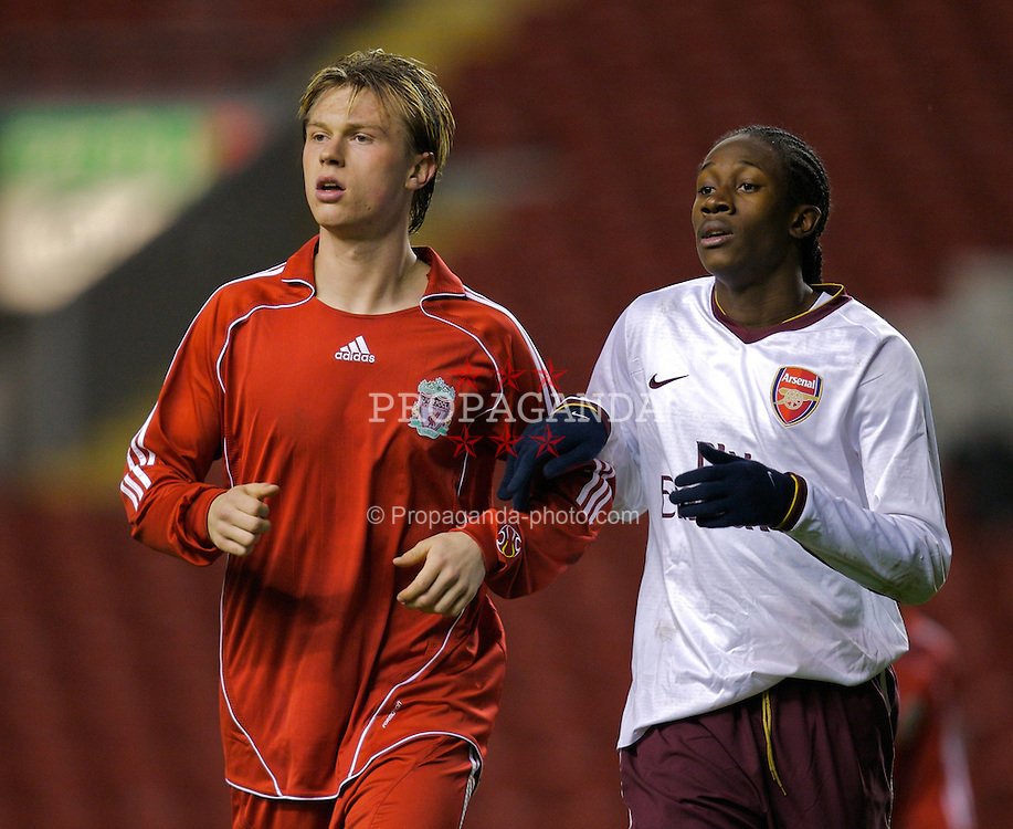LIVERPOOL, ENGLAND - Tuesday, January 29, 2008: Liverpool's Marvin Pourie and Arsenal's Paul Rodgers during the FA Youth Cup 4th Round match at Anfield. (Photo by David Rawcliffe/Propaganda)