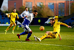 Alex Jakubiak of Bristol Rovers is challenged by Luke Garbutt of Oxford United - Mandatory by-line: Ryan Hiscott/JMP - 29/12/2018 - FOOTBALL - Kassam Stadium - Oxford, England - Oxford United v Bristol Rovers - Sky Bet League One