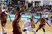 DESCRIZIONE : Campionato 2013/14 Acea Virtus Roma - Umana Reyer Venezia<br /> GIOCATORE : Quinton Hosley<br /> CATEGORIA : Passaggio<br /> SQUADRA : Acea Virtus Roma<br /> EVENTO : LegaBasket Serie A Beko 2013/2014<br /> GARA : Acea Virtus Roma - Umana Reyer Venezia<br /> DATA : 05/01/2014<br /> SPORT : Pallacanestro <br /> AUTORE : Agenzia Ciamillo-Castoria / GiulioCiamillo<br /> Galleria : LegaBasket Serie A Beko 2013/2014<br /> Fotonotizia : Campionato 2013/14 Acea Virtus Roma - Umana Reyer Venezia<br /> Predefinita :