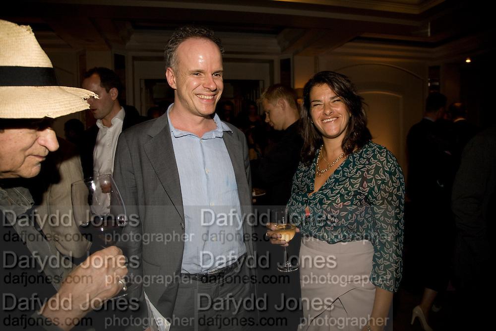 HANS ULRICH OBRIST; TRACEY EMIN Frank Gehry Serpentine Pavilion opening event: Berkeley Hotel. London. 18 July 2008 *** Local Caption *** -DO NOT ARCHIVE-© Copyright Photograph by Dafydd Jones. 248 Clapham Rd. London SW9 0PZ. Tel 0207 820 0771. www.dafjones.com.