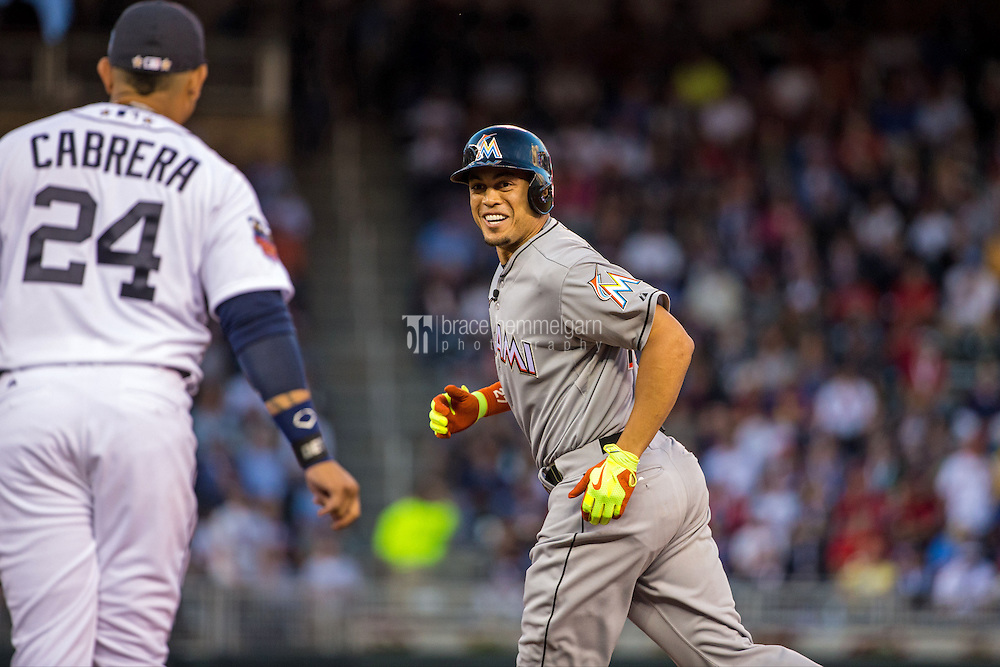 MINNEAPOLIS, MN- JULY 15: National League All-Star Giancarlo Stanton #27 of the Miami Marlins during the 85th MLB All-Star Game at Target Field on July 15, 2014 in Minneapolis, Minnesota. (Photo by Brace Hemmelgarn) *** Local Caption *** Giancarlo Stanton