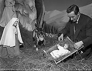 Christmas Crib .15/12/1958 .