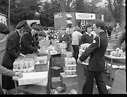 1982<br /> 27.02.1982<br /> 02.27.1982<br /> 27 Feb 1982<br /> Red Cross Food Packs for Poland at Ratra House, Phoenix Park, Dublin.