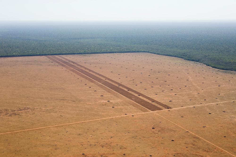 Fazenda Agropecuaria Lima (cattle farm) in Mato Grosso, Brazil, August 7, 2008. Daniel Beltra/Greenpeace