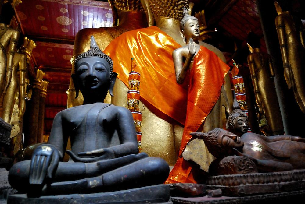 inside Wat Maysouvanhnaphoemaram