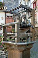 Weaver Fountain, Monschau ..., Travel, lifestyle