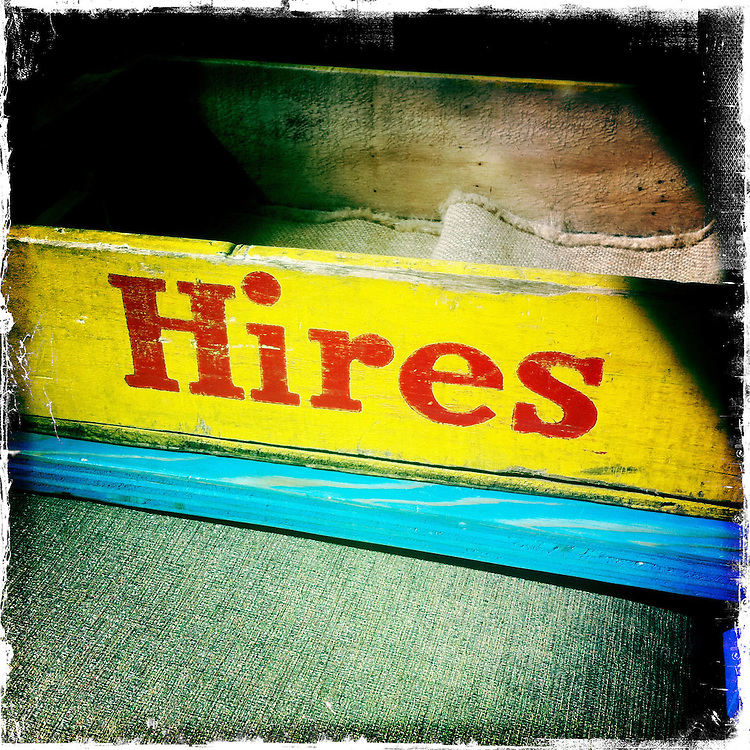Hires wood crate. iPhone Hipsta