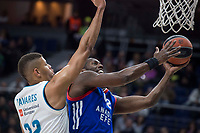 Real Madrid Walter Tavares and Anadolu Efes Brock Motum during Turkish Airlines Euroleague match between Real Madrid and Anadolu Efes at Wizink Center in Madrid, Spain. January 25, 2018. (ALTERPHOTOS/Borja B.Hojas)