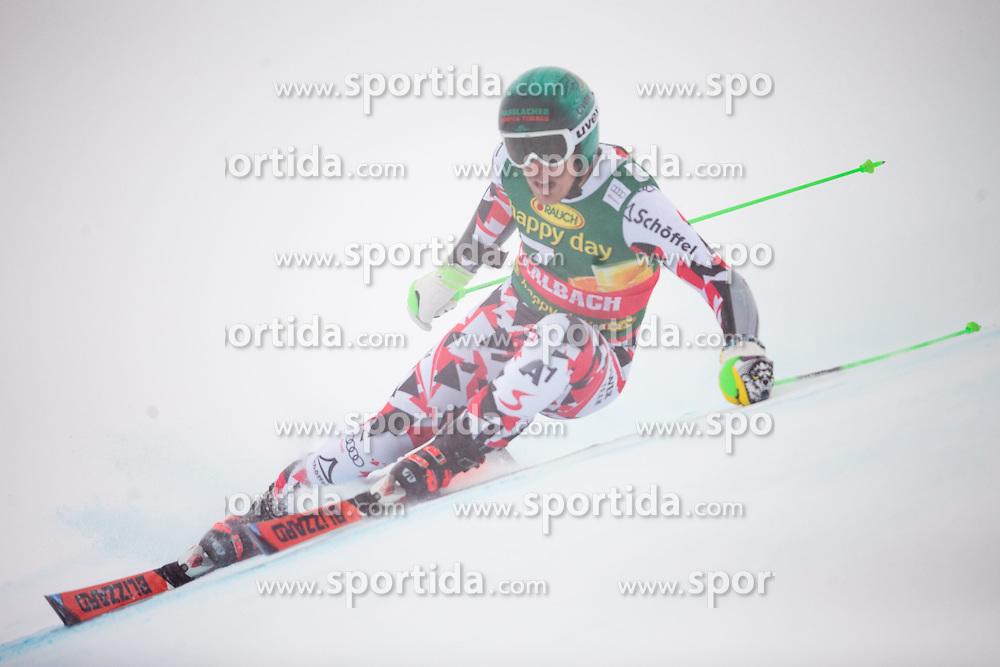 22.02.2015, Schneekristall Zwolfer Weltcupstrecke, Saalbach Hinterglemm, AUT, FIS Weltcup Ski Alpin, Super G, Herren, im Bild Otmar Striedinger (AUT) // Otmar Striedinger of Austria in action during the men's SuperG of the Saalbach FIS Ski Alpine World Cup at the Schneekristall Zwolfer course in Saalbach Hinterglemm, Austria on 2015/02/22. EXPA Pictures © 2015, PhotoCredit: EXPA/ Johann Groder