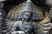 Inde, etat du Tamil Nadu, Madurai, sculpture a l'entree du marché Puthu Mandapa // India, Tamil Nadu, Madurai, sculpture at the entrance of the Puthu Mandapa market
