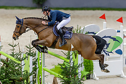 MUFF Werner (SUI), Varennes d'Argonne<br /> Genf - CHI Geneve Rolex Grand Slam 2019<br /> Prix des Communes Genevoises<br /> 2-Phasen-Springen<br /> International Jumping Competition 1m50<br /> Two Phases: A + A, Both Phases Against the Clock<br /> 13. Dezember 2019<br /> © www.sportfotos-lafrentz.de/Stefan Lafrentz