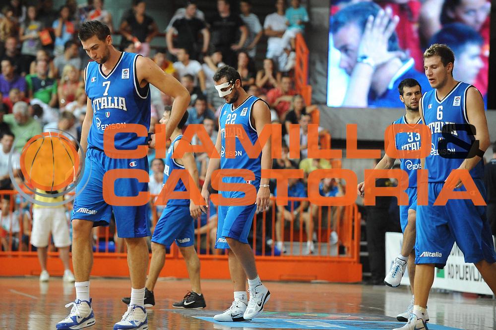 DESCRIZIONE : Bijelo Polje Qualificazioni Europei 2011 Montenegro Italia<br /> GIOCATORE : Andrea Bargnani Marco Belinelli<br /> SQUADRA : Nazionale Italia Uomini <br /> EVENTO : Qualificazioni Europei 2011<br /> GARA : Montenegro Italia<br /> DATA : 11/08/2010 <br /> CATEGORIA : delusione<br /> SPORT : Pallacanestro <br /> AUTORE : Agenzia Ciamillo-Castoria/GiulioCiamillo<br /> Galleria : Fip Nazionali 2010 <br /> Fotonotizia : Bijelo Polje Qualificazioni Europei 2011 Montenegro Italia<br /> Predefinita :