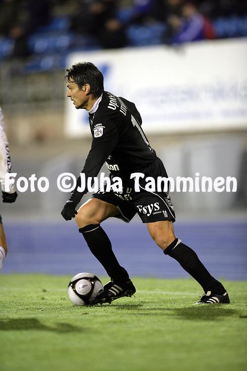 17.10.2010, Stadion, Lahti..Veikkausliiga 2010, FC Lahti - IFK Mariehamn..Jari Litmanen - FC Lahti.©Juha Tamminen.