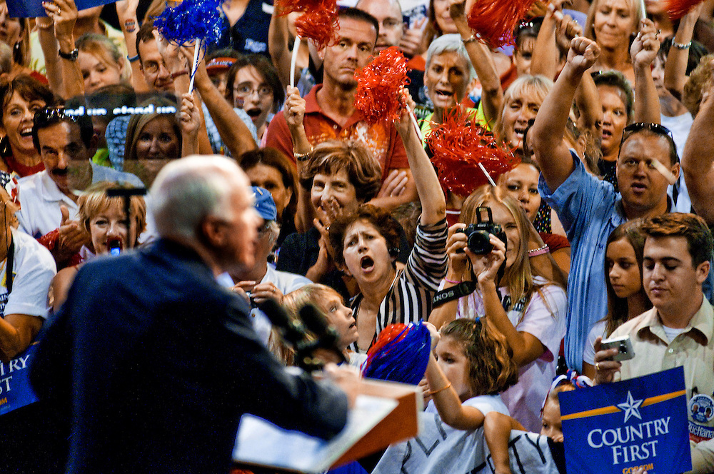 Florida Swingstate..Senator John McCain speaking at a rally in Sarasota, Florida..Photographer: Chris Maluszynski /MOMENT