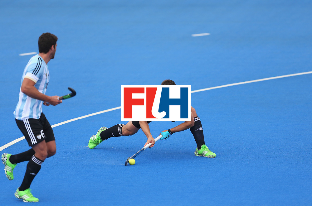 LONDON, ENGLAND - JUNE 24: Gonzalo Peillat of Argentina shoots following a penalty corner during the semi-final match between Argentina and Malaysia on day eight of the Hero Hockey World League Semi-Final at Lee Valley Hockey and Tennis Centre on June 24, 2017 in London, England. (Photo by Steve Bardens/Getty Images)