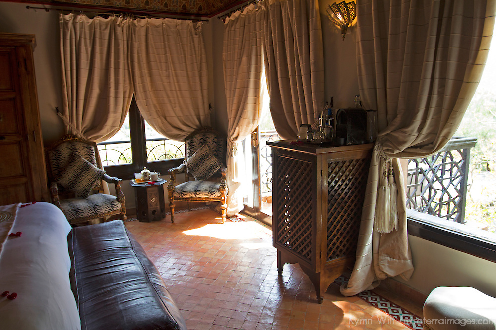 Africa, Morocco, Asni. Suite at Richard Branson's Kasbah Tamadot luxury retreat in the Atlas Mountains.