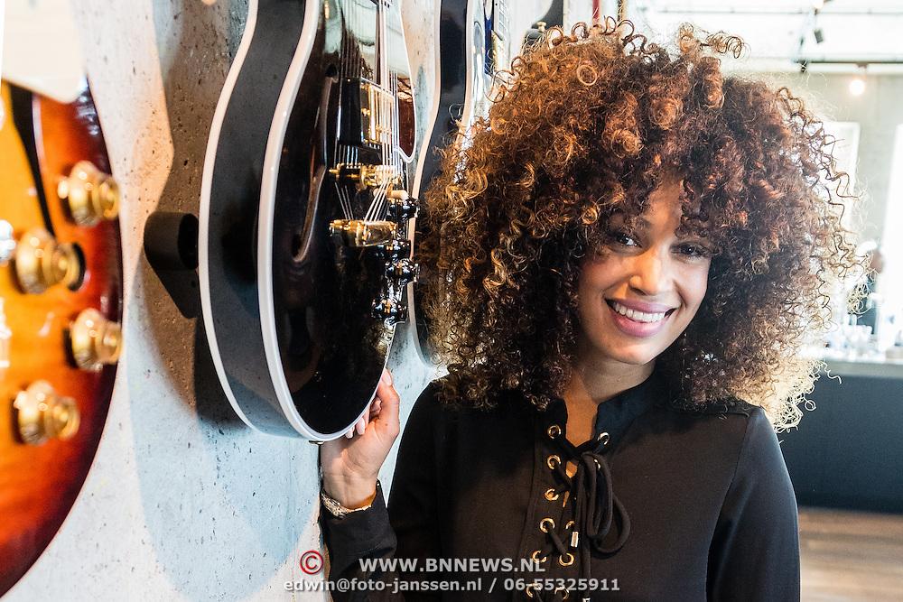 NLD/Amsterdam/20160930 - Presentatie debuut cd O'G3NE , Sharon Doorson