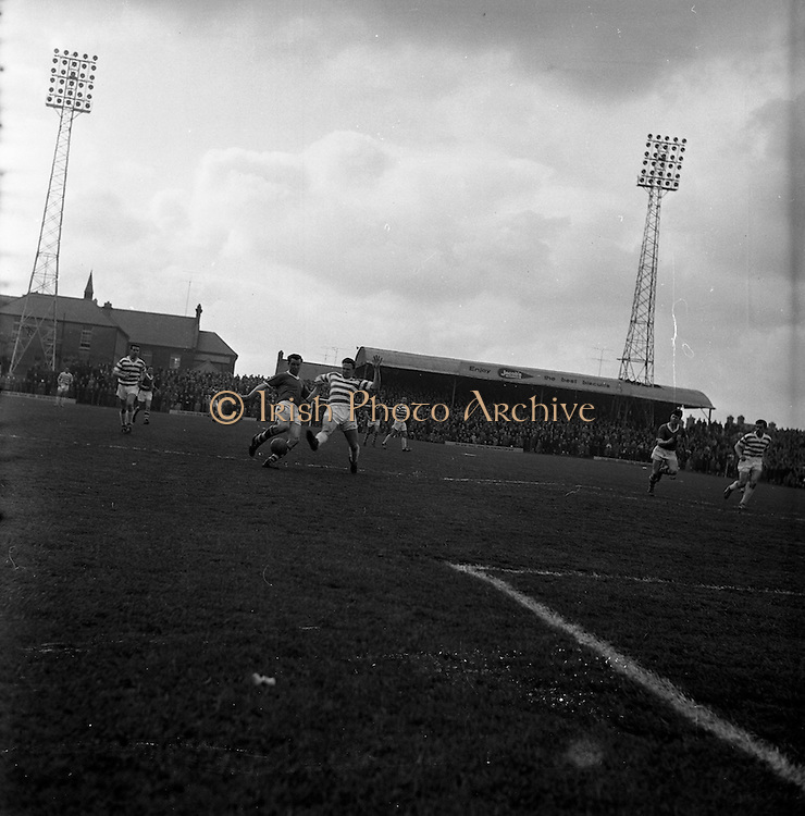 15/04/1962<br /> 04/15/1962<br /> 15 April 1962<br /> Soccer; Shamrock Rovers v Waterford, F.A.I. Cup Semi - Final at Dalymount Park, Dublin.