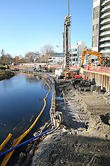Christchurch-Work on Earthquake Memorial wall, Avon River