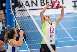 25-10-2017 NED: Sliedrecht Sport - Eurosped TVT, Sliedrecht<br /> Sliedrecht Sport wint met 3-1 van Eurosped / Rochelle Wopereis #12 of Eurosped
