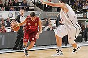 DESCRIZIONE : Caserta Lega A 2011-12 Otto Caserta Umana Venezia<br /> GIOCATORE : Marco Allegretti<br /> SQUADRA : Umana Venezia<br /> EVENTO : Campionato Lega A 2011-2012<br /> GARA : Otto Caserta Umana Venezia<br /> DATA : 25/04/2012<br /> CATEGORIA : palleggio penetrazione<br /> SPORT : Pallacanestro<br /> AUTORE : Agenzia Ciamillo-Castoria/A.De Lise<br /> Galleria : Lega Basket A 2011-2012<br /> Fotonotizia : Caserta Lega A 2011-12 Otto Caserta Umana Venezia<br /> Predefinita :
