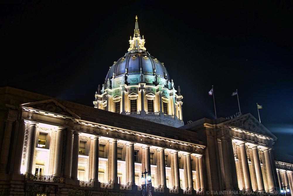 San Francisco City Hall @ Night