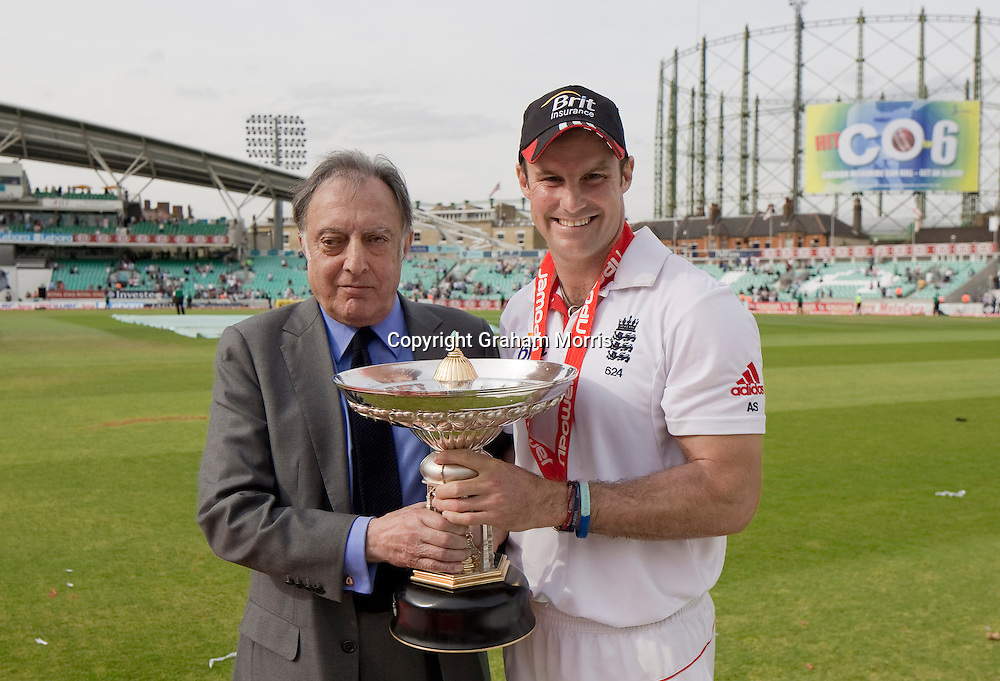 England captain Andrew Strauss accepts the Pataudi Trophy from Mansur Ali Khan (The Nawab of Pataudi) after beating India 4-0 at the Oval, London.  Photo: Graham Morris (Tel: +44(0)20 8969 4192 Email: sales@cricketpix.com) 22/08/11