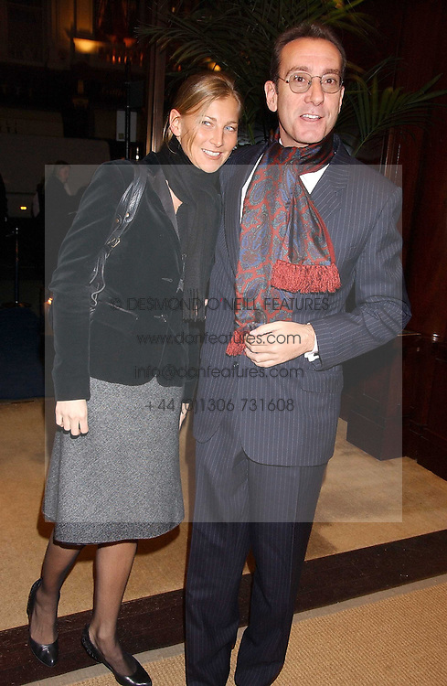 ROBERT HANSON and ELIZABETH VON GUTTMAN at a party at Ralph Lauren, Bond Street, London in support of the NSPCC's Full Stop campaign on 21st March 2006.<br />