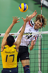 17.09.2010, Arena Ludwigsburg, Ludwigsburg, GER, Vorbereitung Volleyball WM 2010, Laenderspiel Deutschland ( GER ) vs. Brasilien ( BRA ) 3:2, im Bild Marlon Muragati Yared (#17 BRA) - Robert Kromm (#14 GER / Ufa RUS). EXPA Pictures © 2010, PhotoCredit: EXPA/ nph/   Conny Kurth+++++ ATTENTION - OUT OF GER +++++