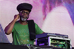 © Licensed to London News Pictures . 08/08/2015 . Siddington , UK . JAZZIE B ( Trevor Beresford Romeo OBE ) of SOUL II SOUL on stage at The Rewind Festival of 1980s music , fashion culture at Capesthorne Hall in Macclesfield . Photo credit: Joel Goodman/LNP