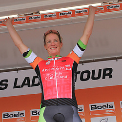 30-08-2017: Wielrennen: Boels Ladies Tour: Arnhem: Kirsten Wild wint de etappe voor Maria Giulia Confalonieri en Lisa Brennauer