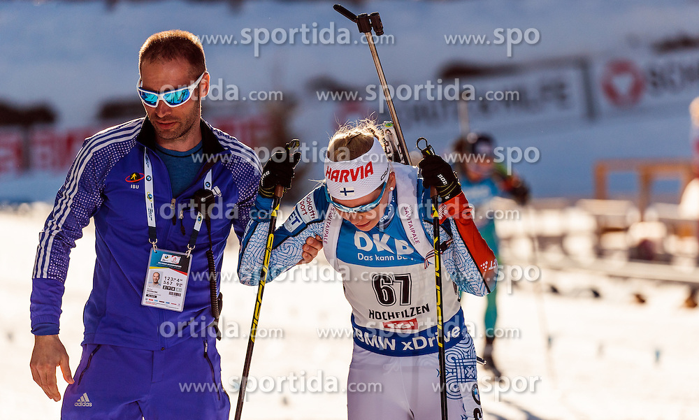 15.02.2017, Biathlonarena, Hochfilzen, AUT, IBU Weltmeisterschaften Biathlon, Hochfilzen 2017, Damen, Einzel, im Bild Michal Zichacek (IBU), Sanna Markkanen (FIN) // Michal Zichacek (IBU), Sanna Markkanen of Finland // during individual women the IBU Biathlon World Championship at the at the Biathlonarena in Hochfilzen, Austria on 2017/02/15. EXPA Pictures © 2017, PhotoCredit: EXPA/ JFK