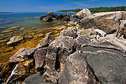 Rocky shoreline of Lake Superior at Katherine Cove<br /> Lake Superior Provincial Park<br /> Ontario<br /> Canada