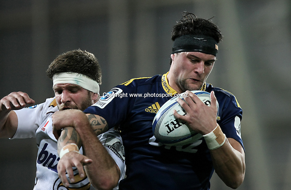 Highlanders Elliot Dixon with lineout ball in the Super 15 rugby match, Highlanders v Chiefs, Forsyth Barr Stadium, Dunedin, New Zealand, Friday, June 27, 2014. Photo: Dianne Manson / www.photosport.co.nz