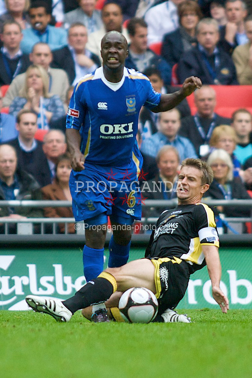 LONDON, ENGLAND - Saturday, May 17, 2008: Cardiff City's Stephen McPhail and Portsmouth's Lassana Diarra during the FA Cup Final at Wembley Stadium. (Photo by Chris Ratcliffe/Propaganda)