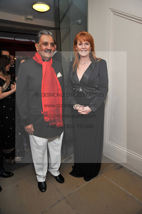 The MAHARAJA GAJ SINGH I I OF MARWAR- JODHPUR and SARAH, DUCHESS OF YORK at the Royal Rajasthan Gala 2009 benefiting the Indian Head Injury Foundation held at The Banqueting House, Whitehall, London on 9th November 2009.