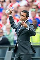 ROTTERDAM - Feyenoord - Vitesse , Voetbal , Seizoen 2015/2016 , Eredivisie , De Kuip , 23-08-2015 , Feyenoord trainer Giovanni van Bronckhorst baalt van de keuzes van de scheidsrechter