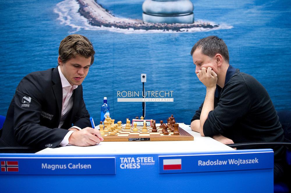 15-01-2017 SCHAKEN: TATA STEEL CHESS: WIJK AAN ZEE dag 2 Magnus Carlsen copyright robin utrecht
