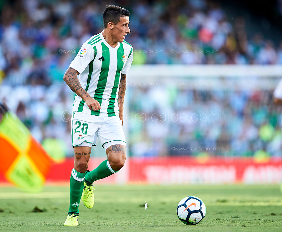 SEVILLE, SPAIN - SEPTEMBER 16:  Cristian Tello of Real Betis Balompie in action during the La Liga match between Real Betis and Deportivo La Coruna  at Estadio Benito Villamarin on September 16, 2017 in Seville, .  (Photo by Aitor Alcalde Colomer/Getty Images)