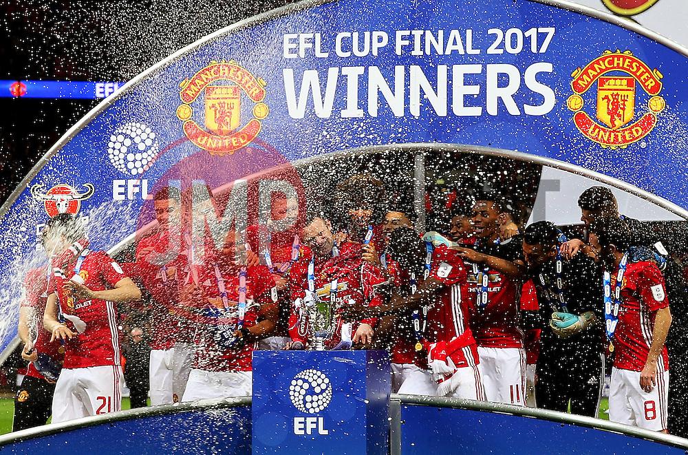 Manchester United players celebrate lifting the EFL Cup  - Mandatory by-line: Matt McNulty/JMP - 26/02/2017 - FOOTBALL - Wembley Stadium - London, England - Manchester United v Southampton - EFL Cup Final