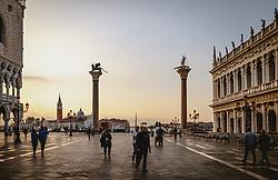 THEMENBILD - am Markusplatz (Piazza San Marco), aufgenommen am 05. Oktober 2019 in Venedig, Italien // at the Piazza San Marco in Venice, Italy on 2019/10/05. EXPA Pictures © 2019, PhotoCredit: EXPA/ JFK