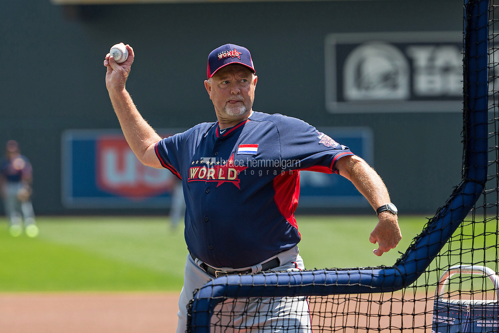 MINNEAPOLIS, MN- JULY 13: World Team manager Bert Blyleven throws batting practice during the SiriusXM All-Star Futures Game at Target Field on July 13, 2014 in Minneapolis, Minnesota. (Photo by Brace Hemmelgarn) *** Local Caption *** Bert Blyleven
