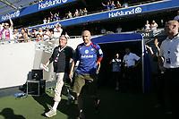 Fotball<br /> Tippeligaen Eliteserien<br /> 28.07.08<br /> Ullevaal Stadion<br /> Vålerenga VIF - Tromsø TIL<br /> Erik - Panzer - Hagen kommer ut til stående applaus<br /> Foto - Kasper Wikestad
