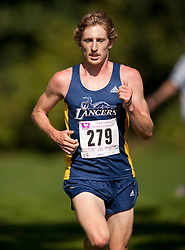 London, Ontario ---11-09-24--- Matt Walters of the Windsor Lancers competes in the 2011 Western International at Thames Valley Golf Course in London, Ontario, September 25, 2011...GEOFF ROBINS Mundo Sport Images