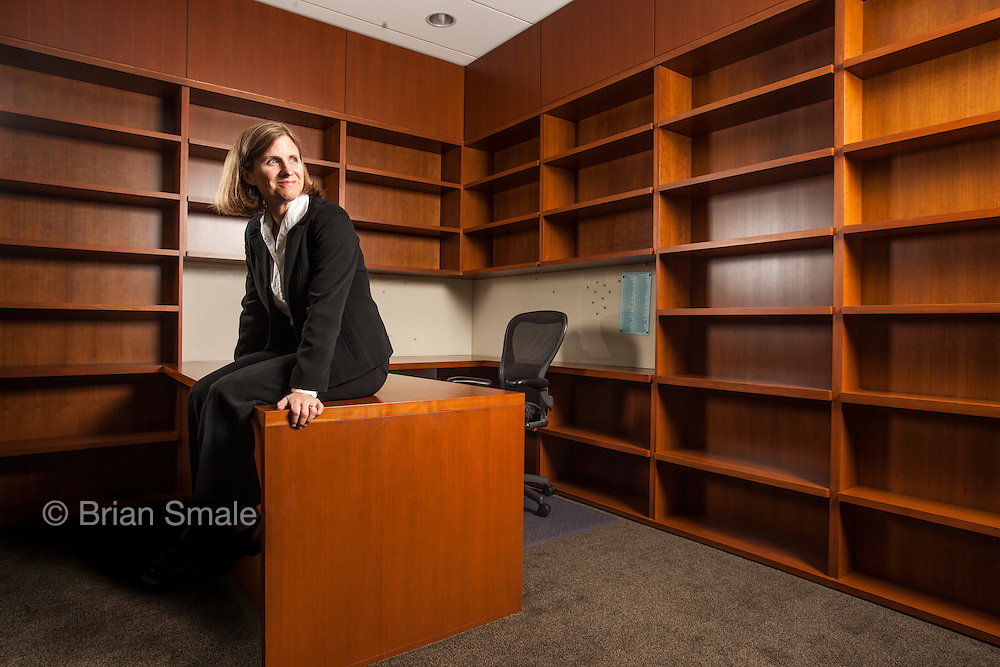 Liz Magill, dean of Stanford Law School, photographed by Brian Smale for Stanford Law Magazine, at Stanford Law campus, Dean's office,  Neukom Building.