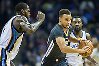 MEMPHIS, TN - DECEMBER 10:  Stephen Curry #30 of the Golden State Warriors drives tot he basket during a game against the Memphis Grizzlies at the FedExForum on December 10, 2016 in Memphis, Tennessee.  The Grizzlies defeated the Warriors 110-89.  NOTE TO USER: User expressly acknowledges and agrees that, by downloading and or using this photograph, User is consenting to the terms and conditions of the Getty Images License Agreement.  (Photo by Wesley Hitt/Getty Images) *** Local Caption *** Stephen Curry