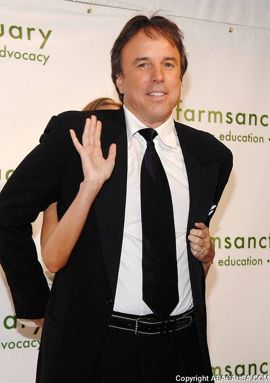 Actor Kevin Nealon poses at the 2008 Farm Sanctuary Gala at Cipriani Wall Street in New York City, USA on May 17, 2008.