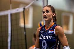 10-05-2018 NED: Training Dutch volleyball team women, Arnhem<br /> Myrthe Schoot #9 of Netherlands
