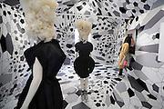 Nederland, Arnhem, 5-6-2009Opening modebiennale door Prinses Maxima.Foto Flip Franssen