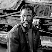 Boat owner, Shibaozhai, China (May 2004)